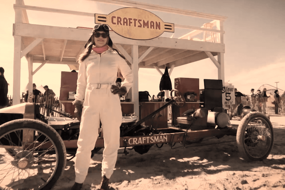 Jesse Combs racing at The Race of Gentlemen