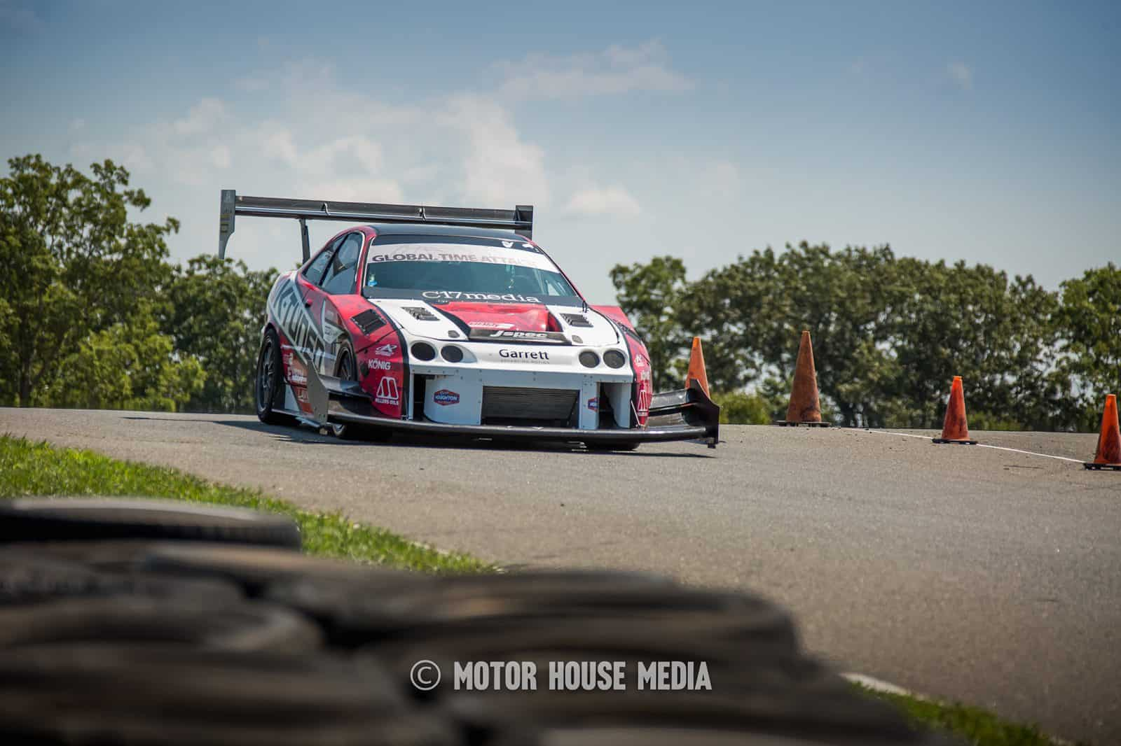James Houghton's Acura Integra Type-R cresting turn 1 at NJMP