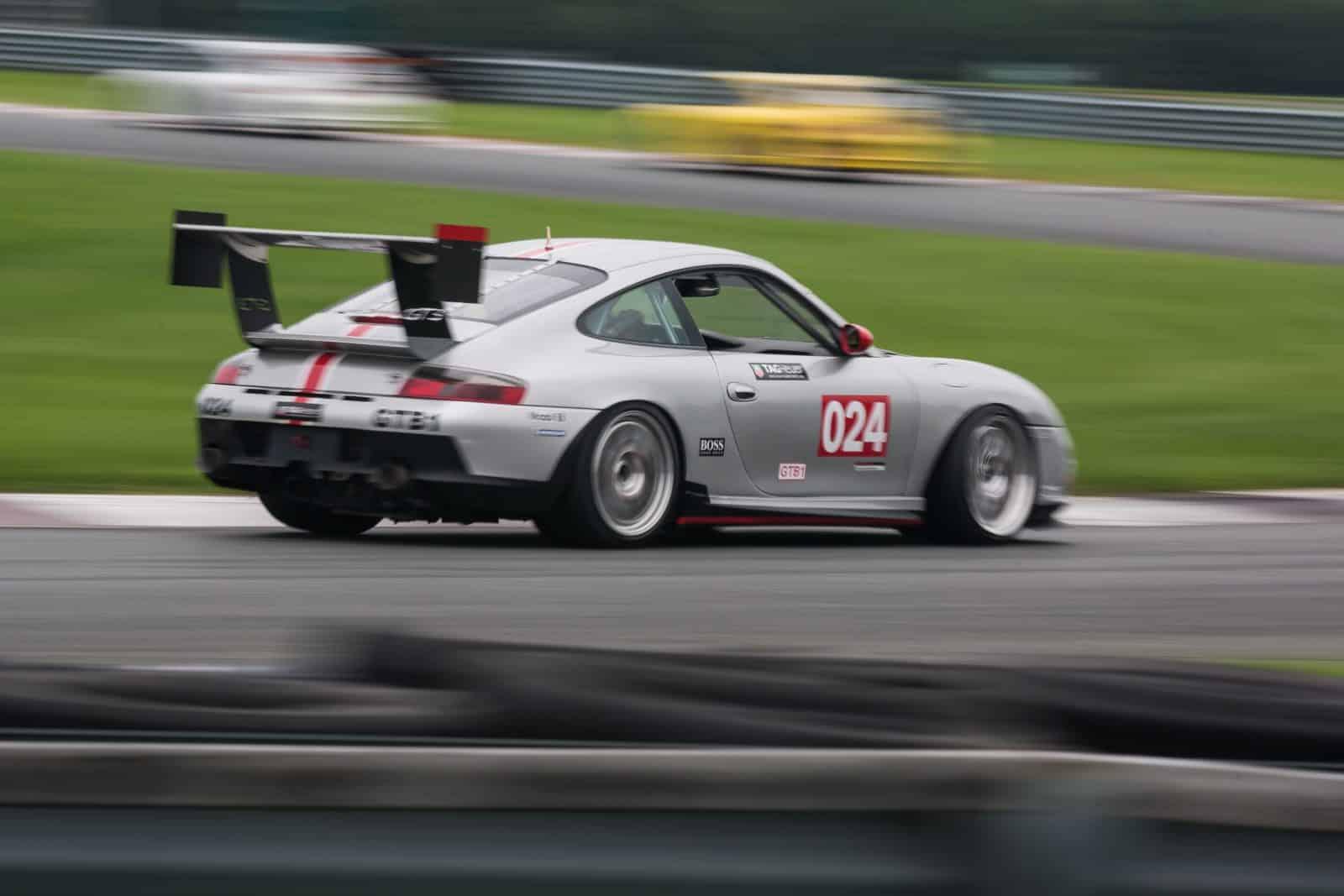 Porsche on track at NJMP