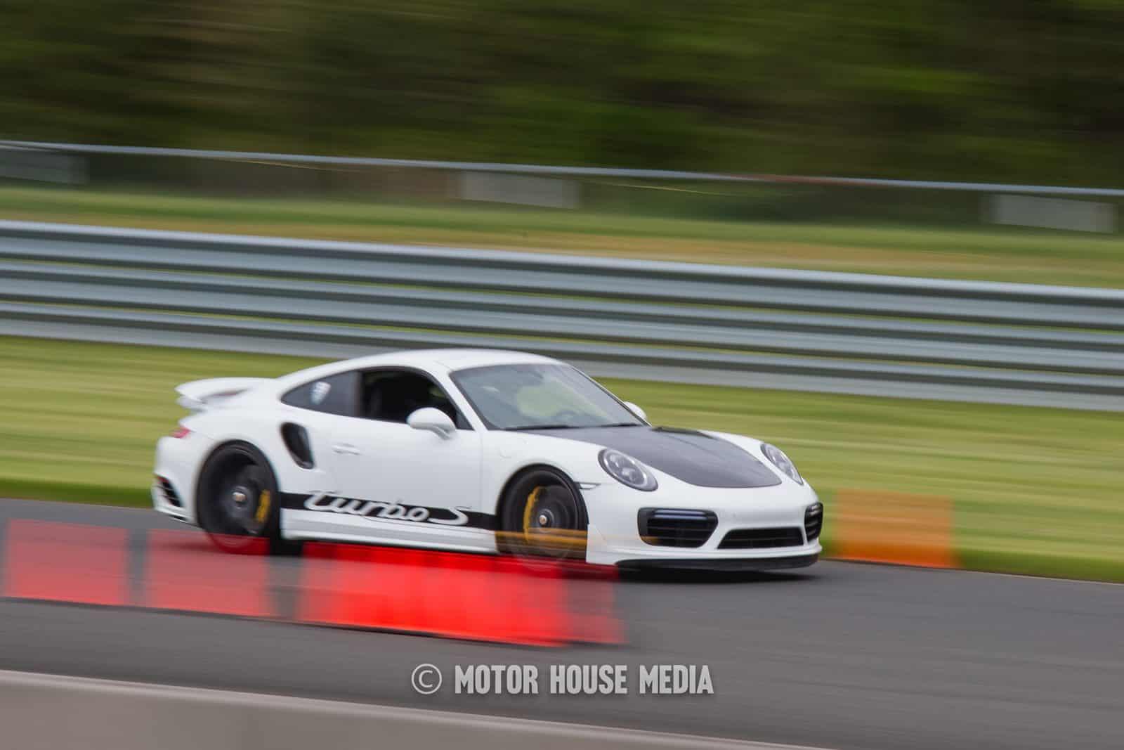 Porsche roll racing