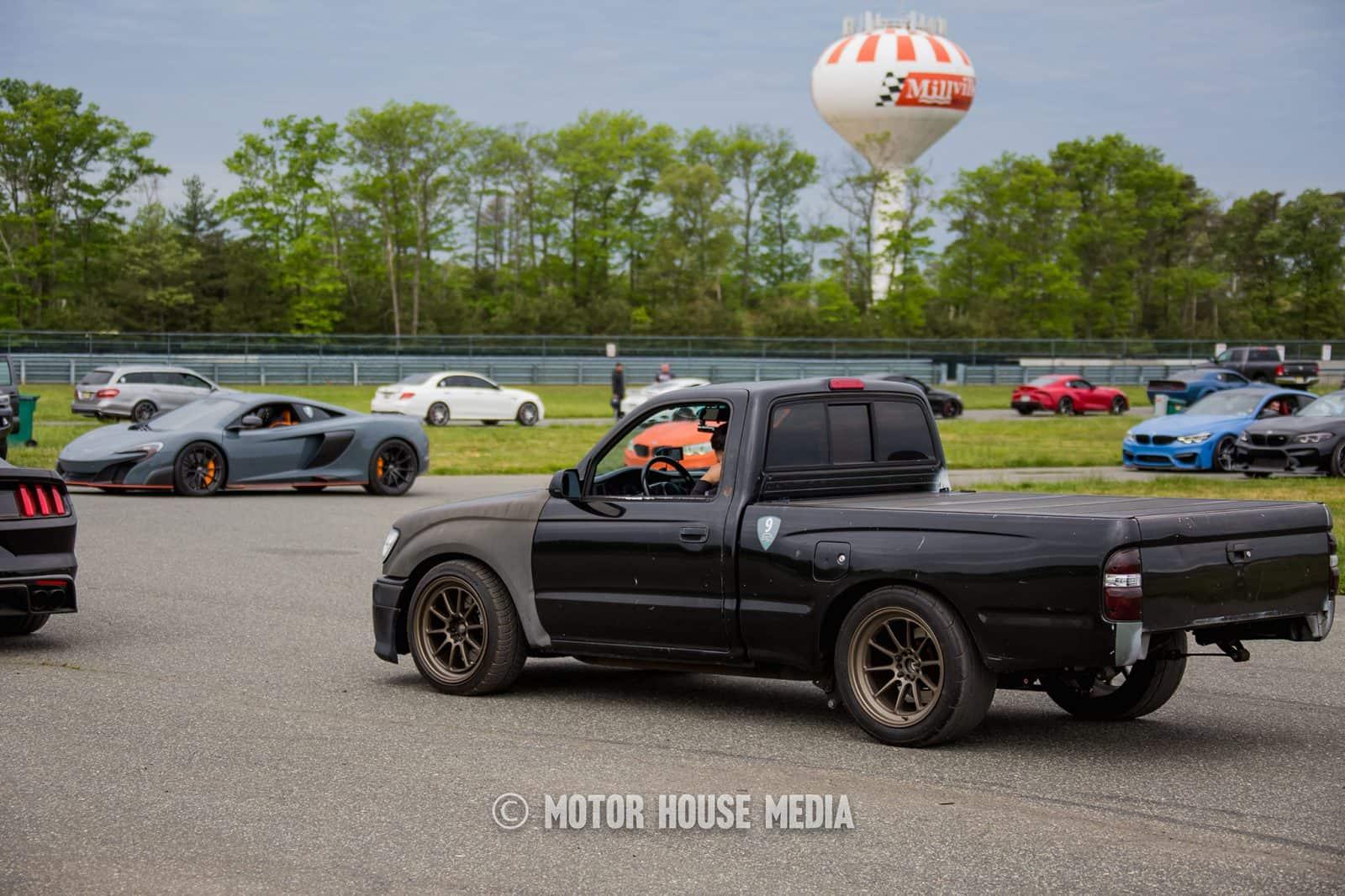 Sleeper Toyota truck roll racing