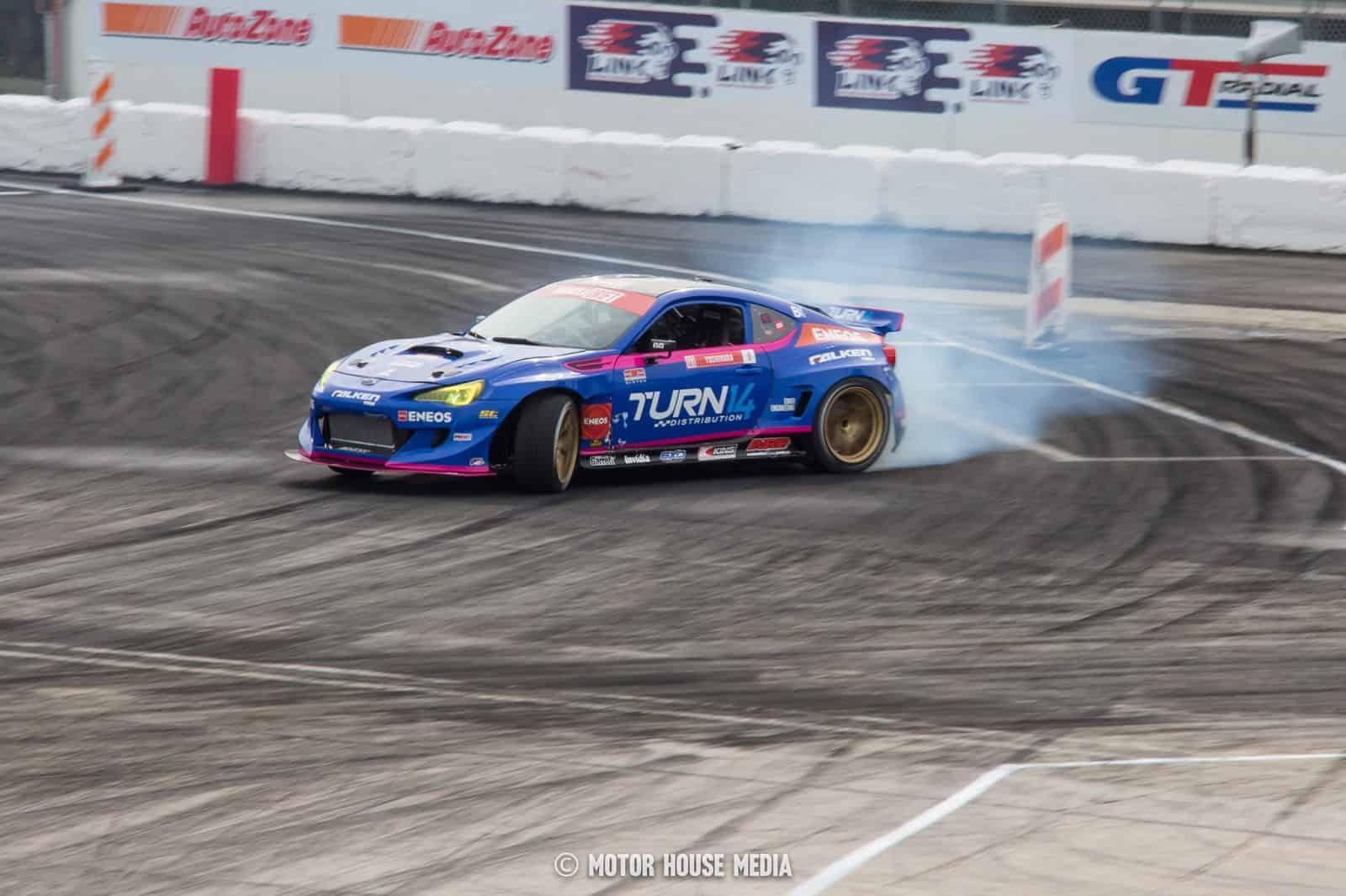 Diajiro Yoshihara shredding in his Turn 14 Formula Drift car